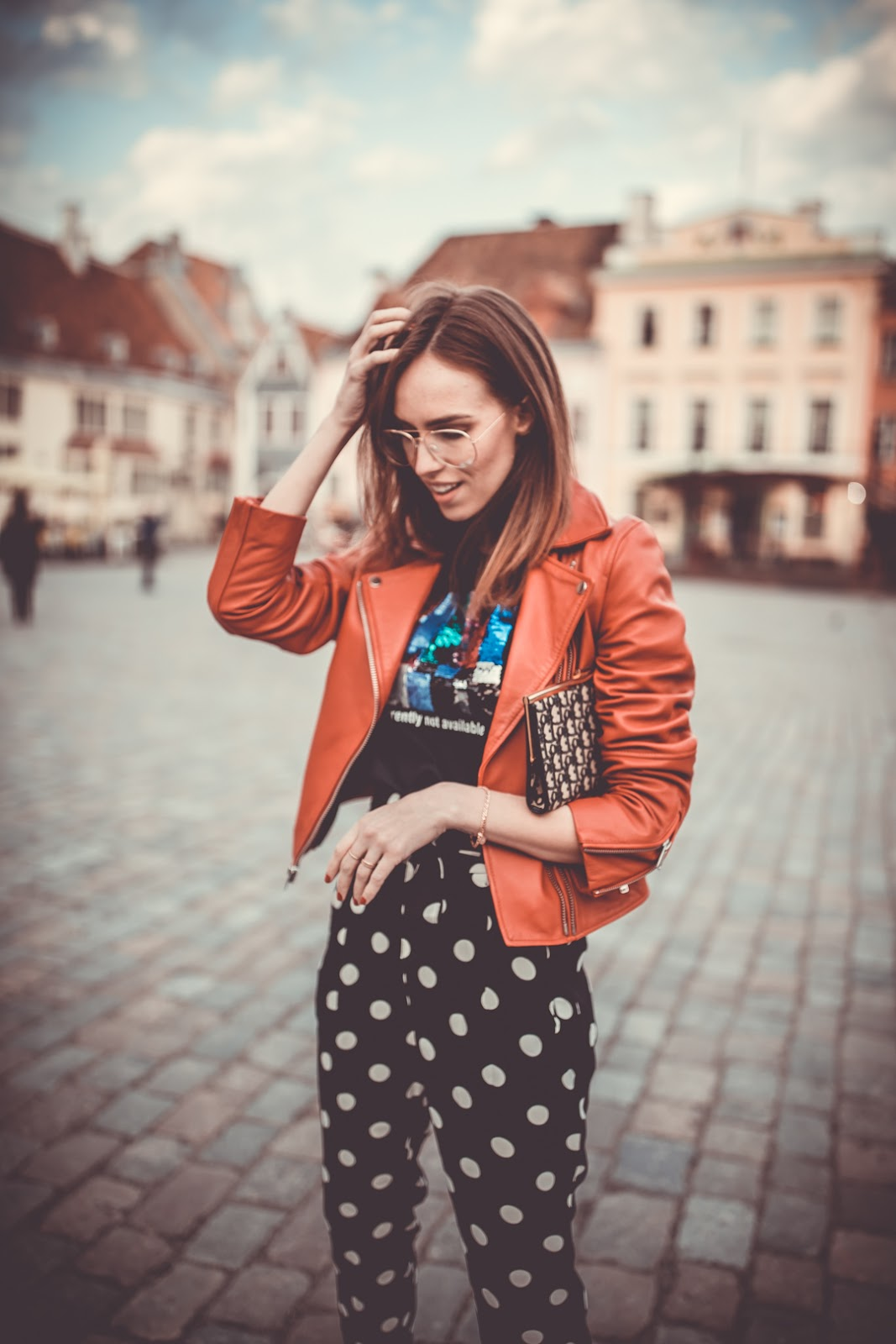 dior vintage clutch spring casual outfit street style
