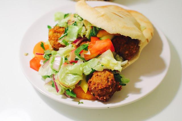 Finjan | Antwerp best falafel pitta