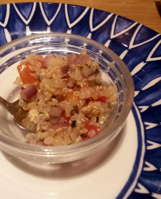 Tapita de quinoa en La Cevicuchería, Tusolovive Madrid