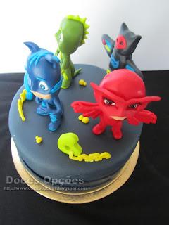 bolo aniversário PJ Masks doces opções