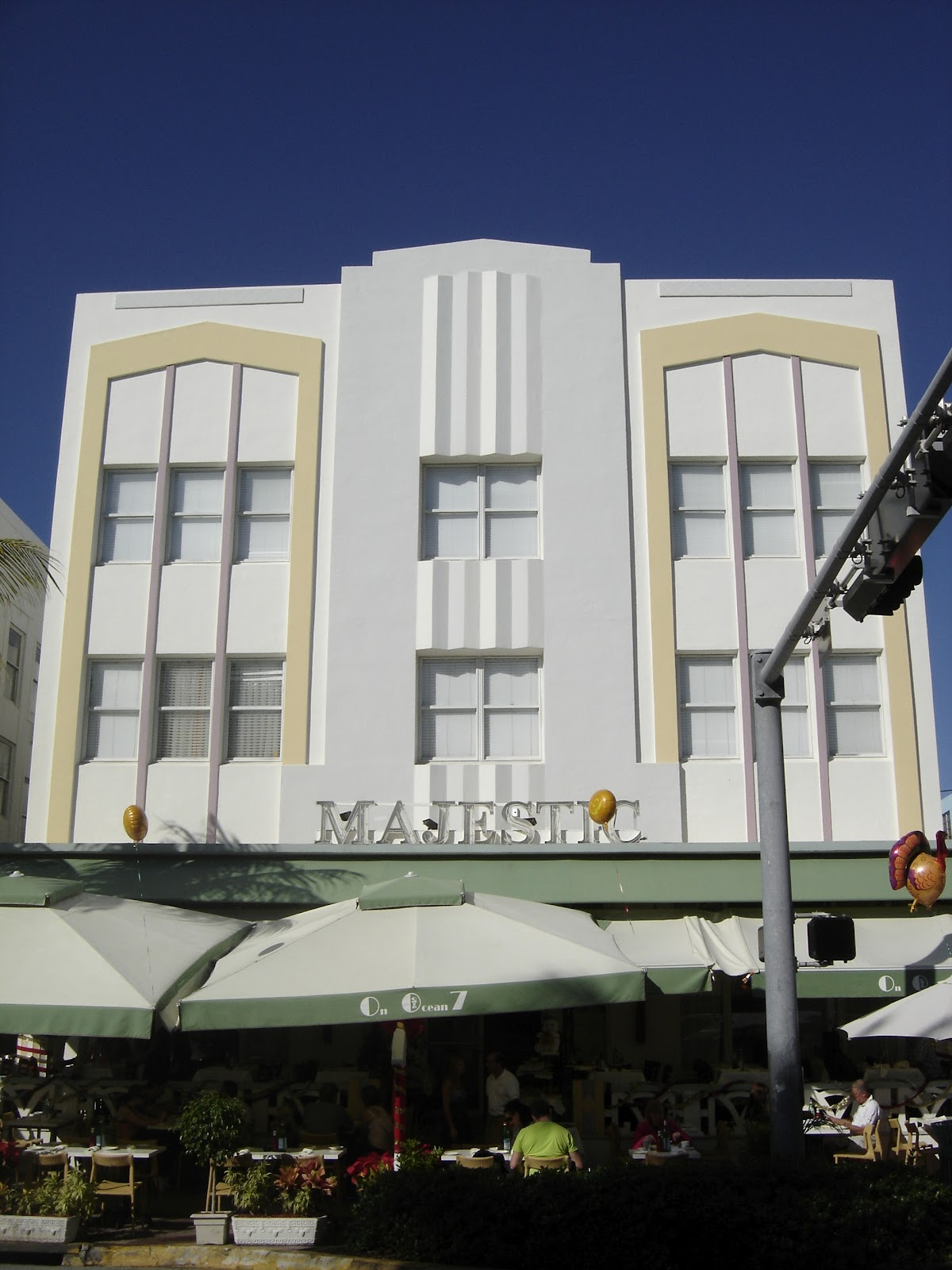 Places To Go Buildings To See Majestic Hotel Miami