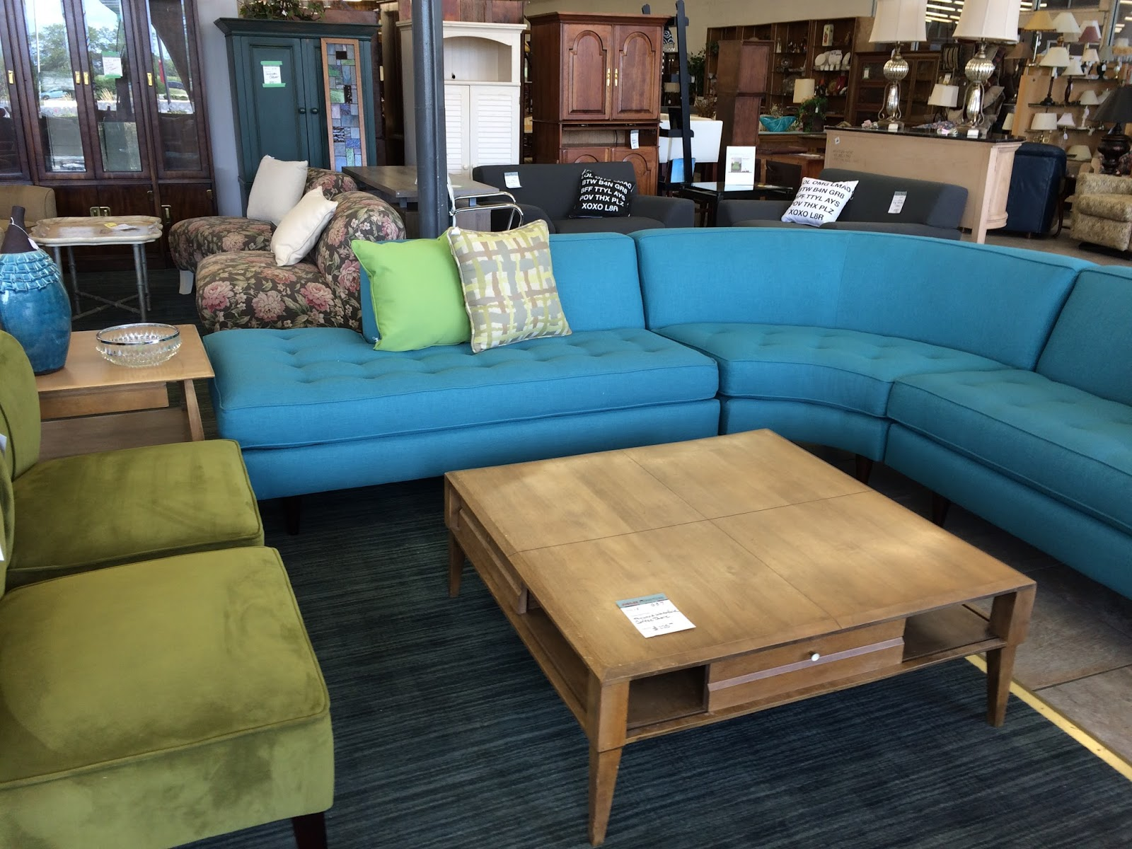 xoxo furniture. Xoxo Furniture. Absolutely Gorgeous Three Piece Sectional! In Pristine Condition! Love It! Furniture A