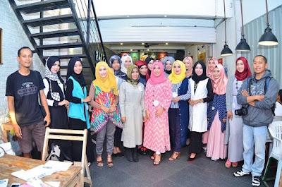 7 Tips Cantik dengan Hijab Saat Lebaran