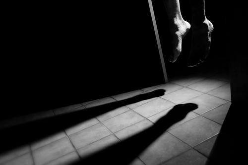خطر يهدّد المجتمع 364 حالة انتحار في سبع محافظات خــلال ســنوات الحرب