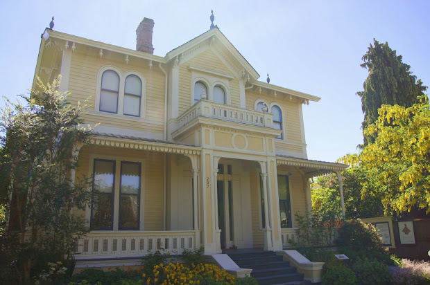 Emily Carr House & Art Of Greater Victoria Free