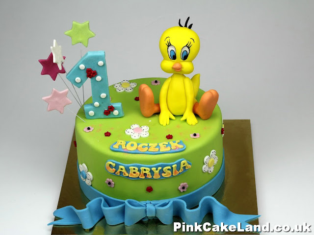 Tweety Bird Birthgday Cake London