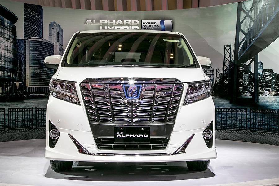 all new alphard hybrid stop lamp grand avanza mengenal toyota indonesia astra dari sisi interior utamanya bagian depan memiliki bentuk grille radiator tepat berada di bawah no plat kendaraan