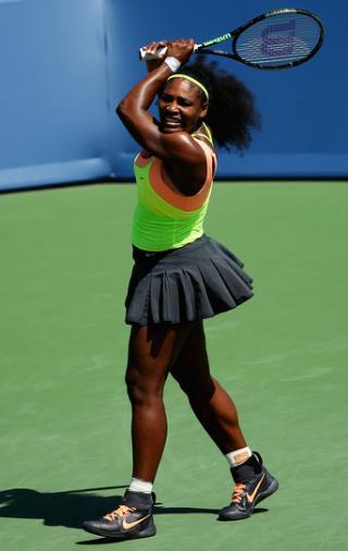 e2497d46a23 Serena mantém série invicta em casa e fatura 69º