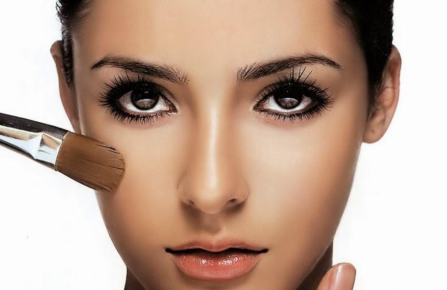 Cara Menggunakan Make Up Agar Terlihat Lebih Natural