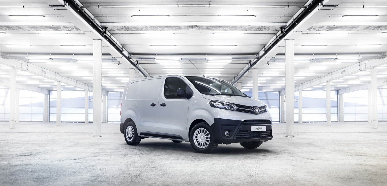 new toyota proace van offers more versatility than ever 64 pics. Black Bedroom Furniture Sets. Home Design Ideas