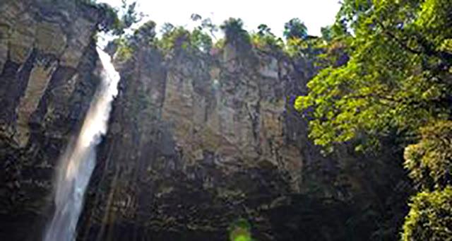 Gambar Air Terjun Putri Malu Di Lampung