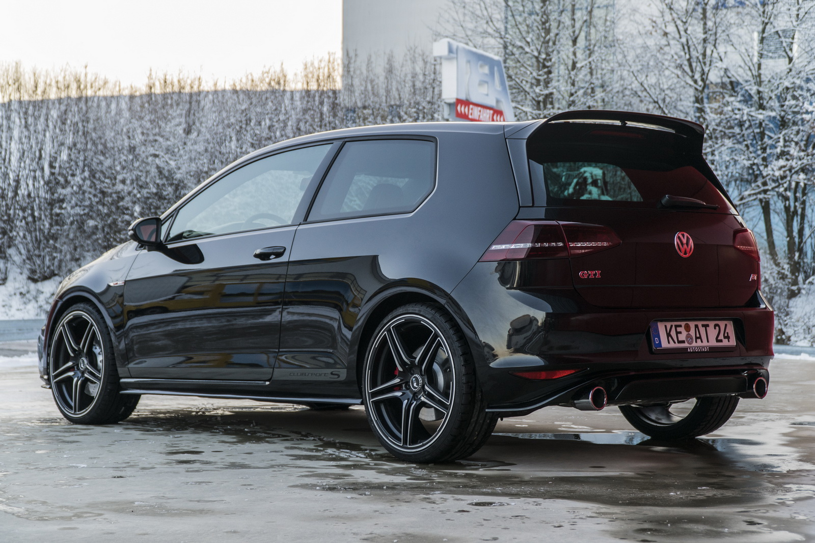abt decided that golf gti clubsport s needed 365 hp. Black Bedroom Furniture Sets. Home Design Ideas