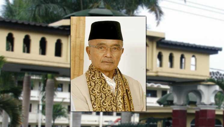 KH E Fakhruddin Masthuro