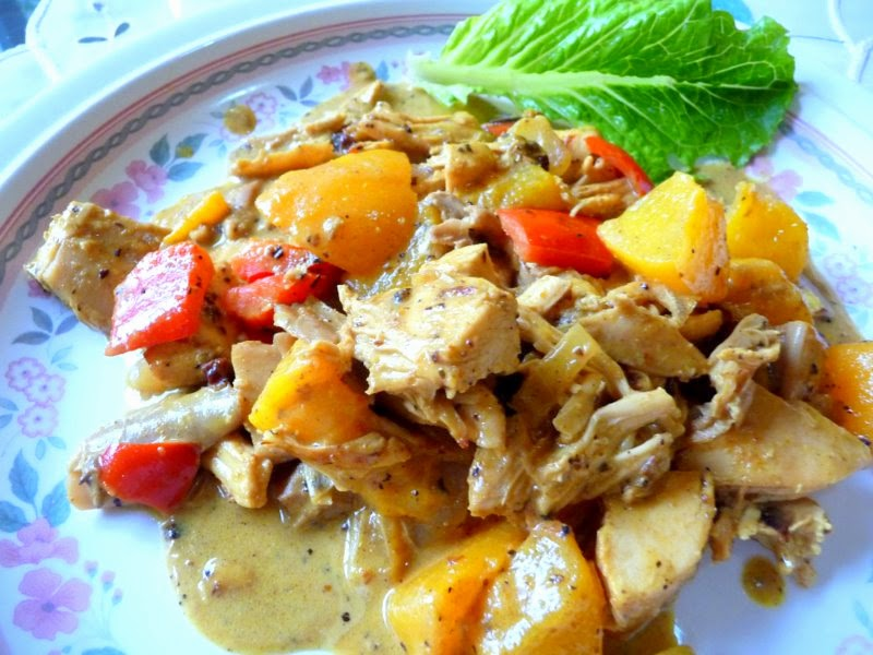 CHICKEN CURRY WITH PEACHES