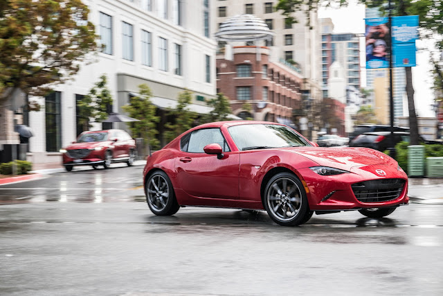 Front/side view of 2017 Mazda MX-5 Miata RF