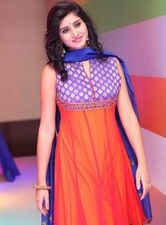 Shamili In Blue Churidar Salwar kameez At Big Bazaar (3)
