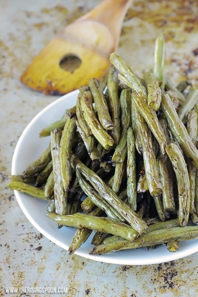 Thanksgiving Side Dish Recipe: Balsamic Oven-Roasted Green Beans