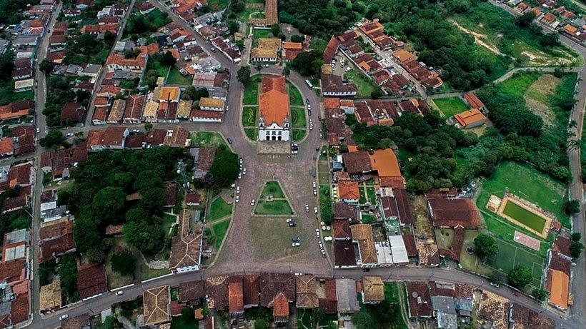 Praça Monsenhor Mendes em Catas Altas. Foto: Miguel Sá/Ascom