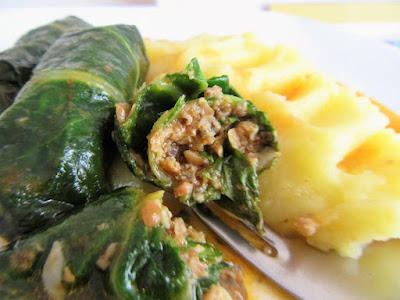 Chard rolls with mushrooms