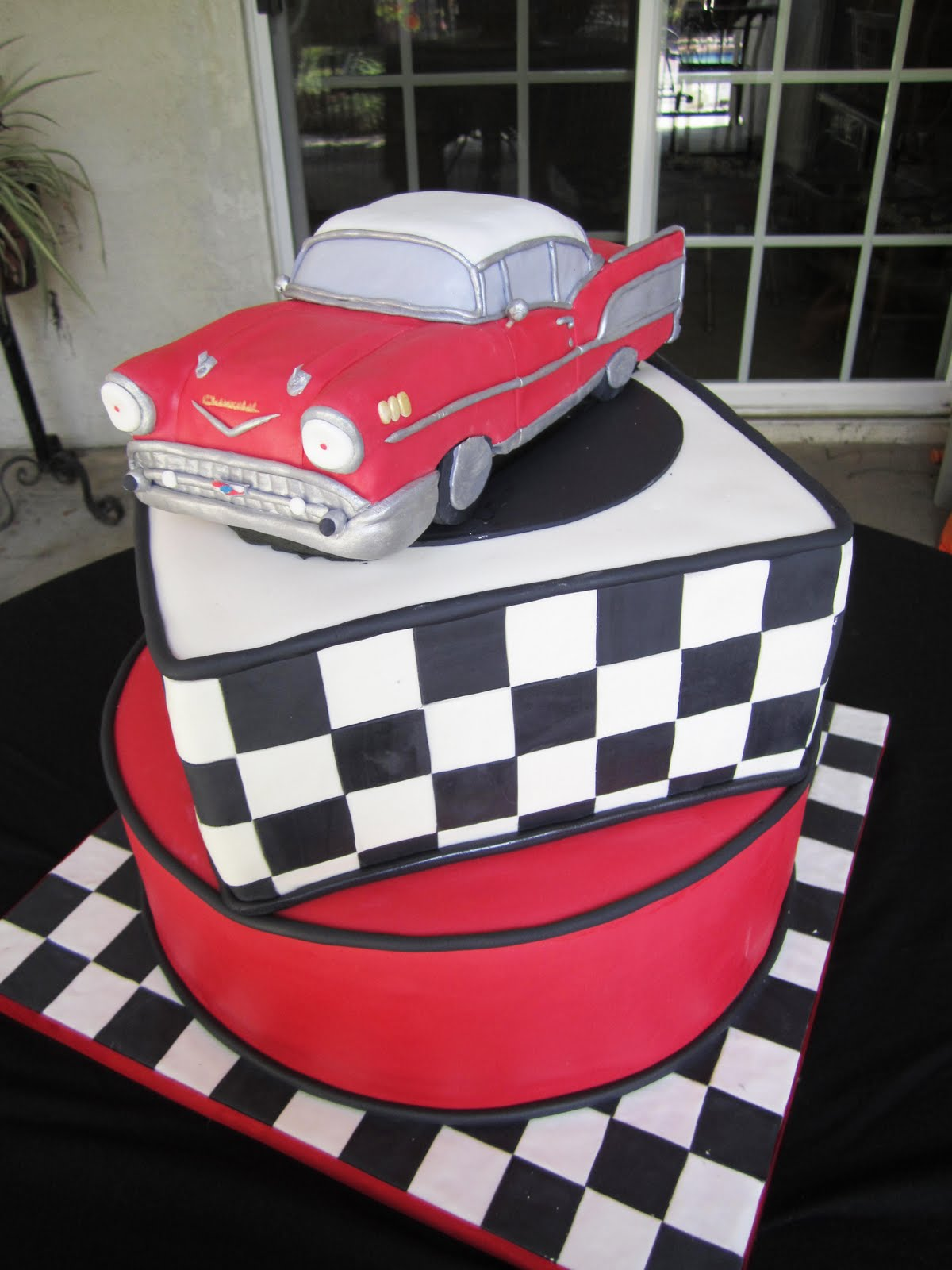 Bel Air Birthday Cakes
