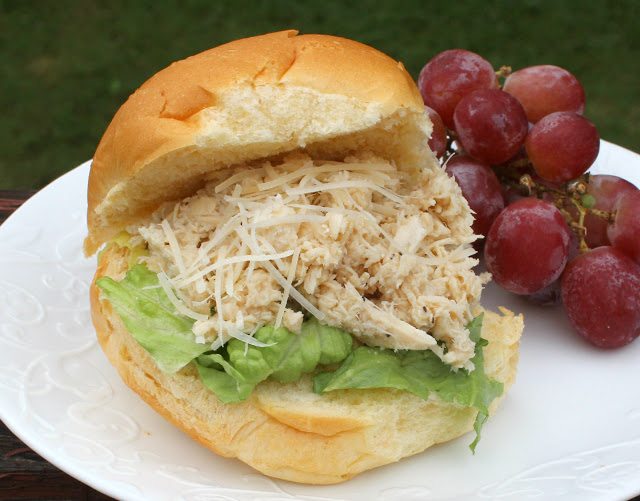 Featured Recipe // Slow Cooker Chicken Caesar Sandwiches from Cheese Curd in Paradise #recipe #SRCBacktoSchool #sandwich #crockpot #chicken
