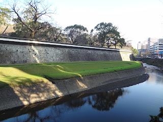 熊本地震前の熊本城(堀側)