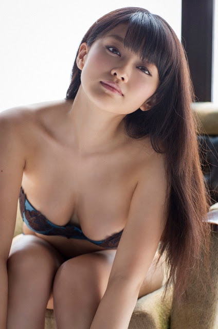 Mari Yamachi 山地まり Sexy Lingerie Images 07
