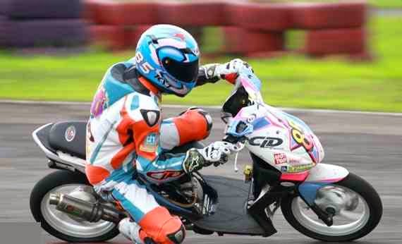 Gambar motor road race beat injeksi for Dale sharp honda