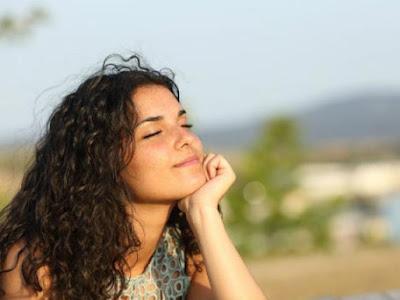 Εξασκήστε Τον Εαυτό Σας Στο Να Αγνοεί Τις Αρνητικές Σκέψεις