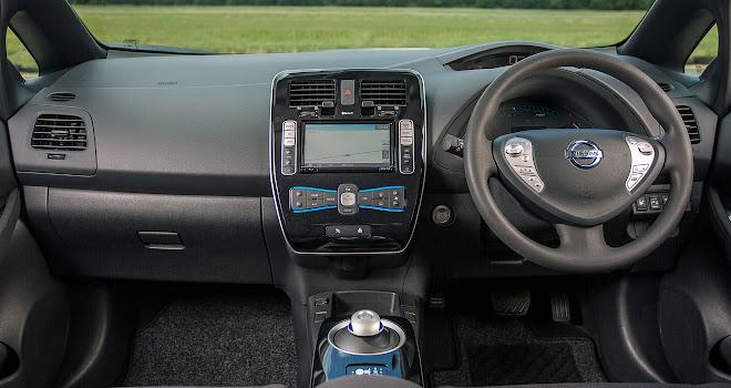 30kWh Nissan Leaf interior