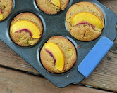Cornmeal Muffins with Peaches