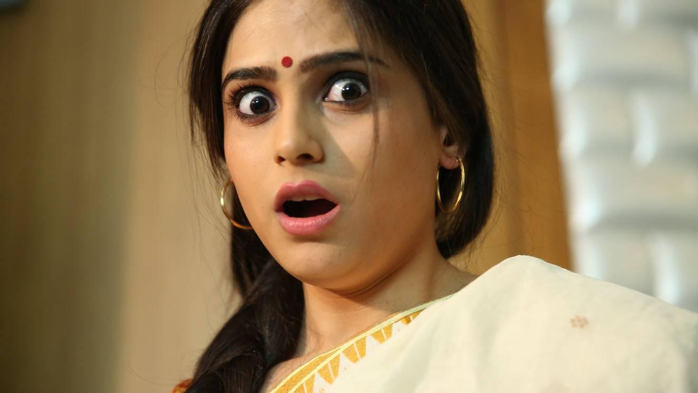 Tollywood Actress Funny Face Closeup Stills Naina Ganguly