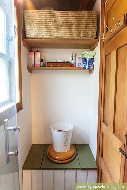 186 sq ft New Zealand Tiny House bathroom