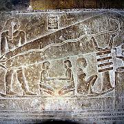 В Єгипті виявлено зображення схоже на електролампочку