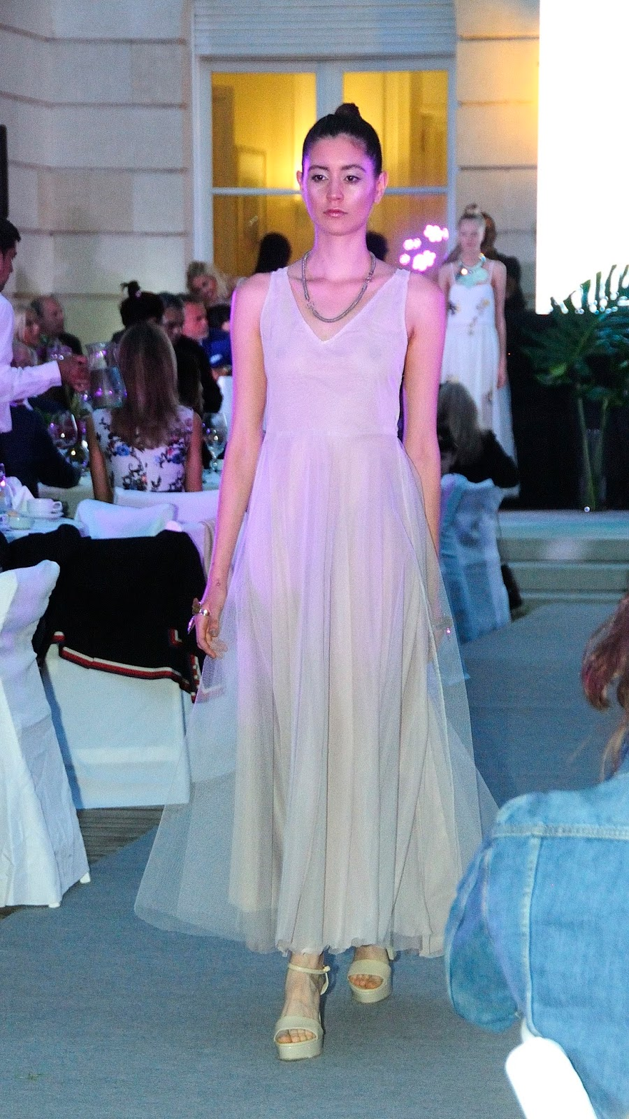 Fantástico Vestido De Novia Robin Scherbatsky Viñeta - Ideas de ...