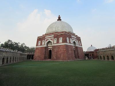 Tomb of Sultan Ghiyas-ud-din Tughlaq