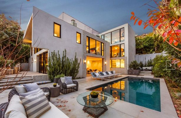 PAY-Kendall-Jenner-buys-Emily-Blunt-and-John-Krasinskis-Hollywood-Hills-mansion
