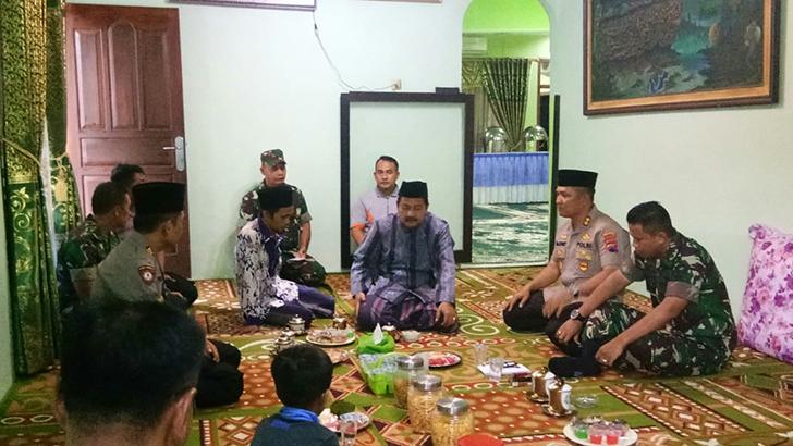 Jelang Kunker Panglima TNI, Dandim Cilacap Bersama Kapolres Datangi Ponpes Ihya Ulumiddin
