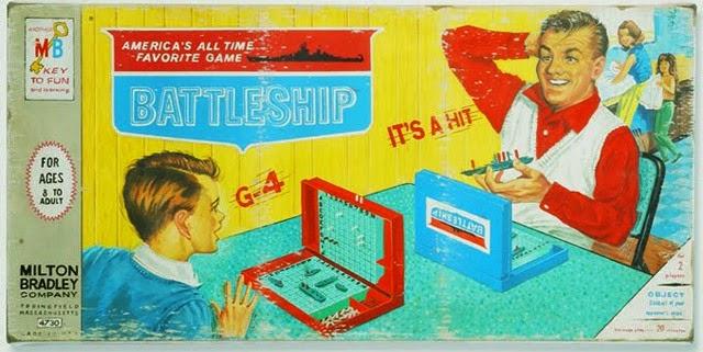 Padre e hijo jugando Batalla Naval