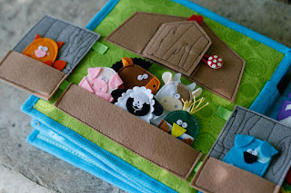 Quiet book for Aria, Barn farm animals page, handmade by TomToy, unique gift for children, travel toy