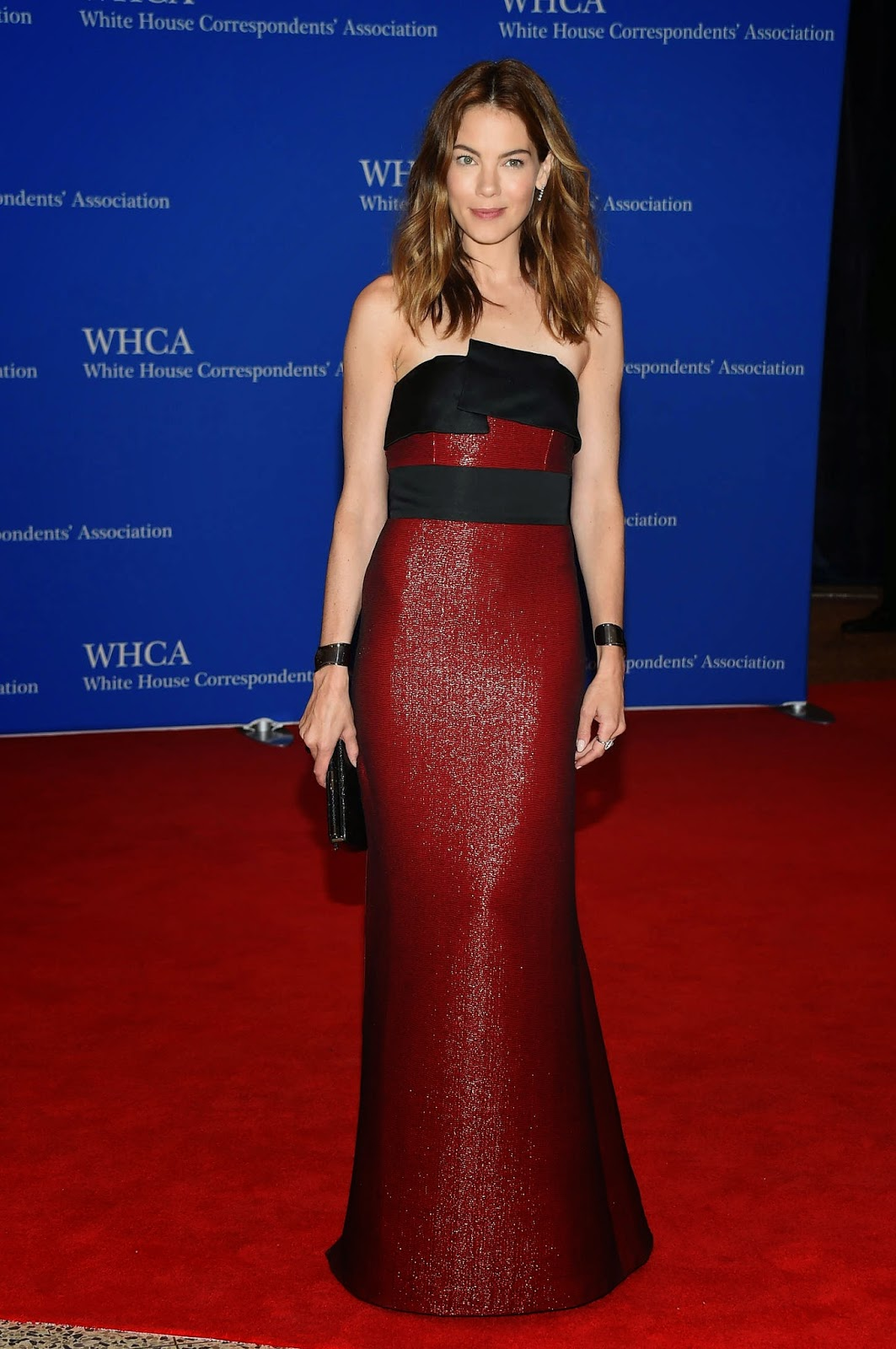 Michelle Monaghan in a shimmery red and black dress at the 2015 White House Correspondents' Association Dinner