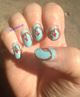 love_tree_nail_art