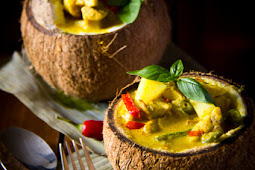 THAI YELLOW CURRY SERVED IN COCONUT BOWLS
