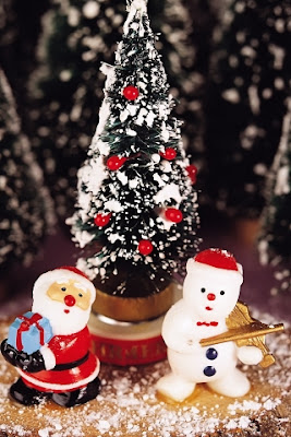 Santa And Snowman iPhone Wallpaper