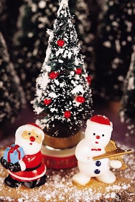 Santa And Snowman iPhone Wallpaper