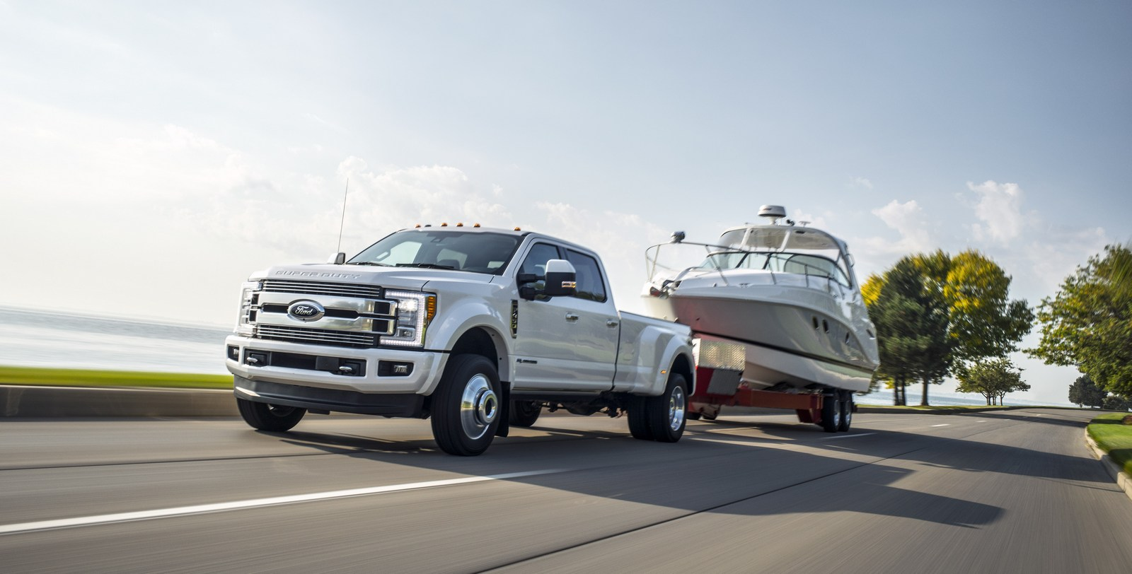 2018 Ford F-Series Super Duty Gains Upgraded Diesel Engine With 935 Lb-Ft Of Torque