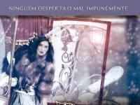 """Resenha: """" Poder"""" - Saga Encantadas - Livro 03 -   Sarah Pinborough"""
