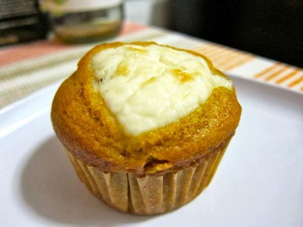 lassensloves.com, Lassen's, Lassens, Cream+Cheese+Pumpkin+Muffins