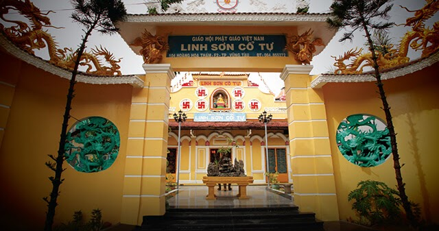 Golden Buddha Statue – The Ancient Temple in Vung Tau