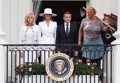 شبيهة الرئيس الأمريكي دونالد ترامب